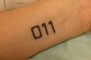 Tatoo da personagem Eleven da série Stranger Things - Netflix